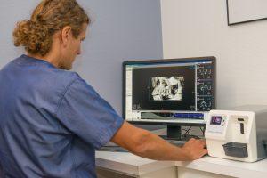 Implantaten zetten Oosterhout