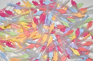 Tandsteen voorkomen door gebruik van ragers of tandenstokers
